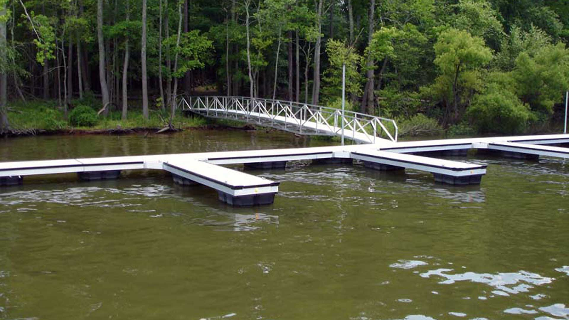 aluminum dock community