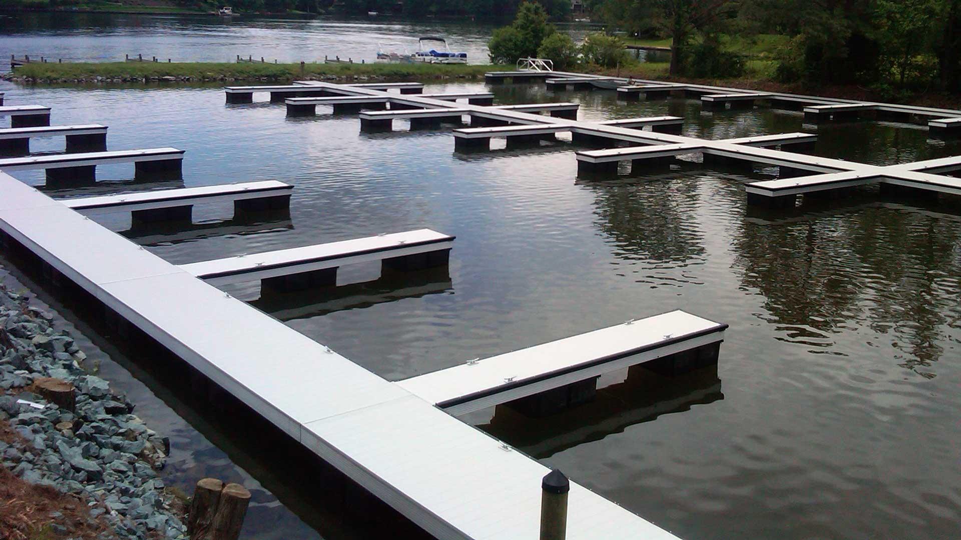 aluminum dock marina