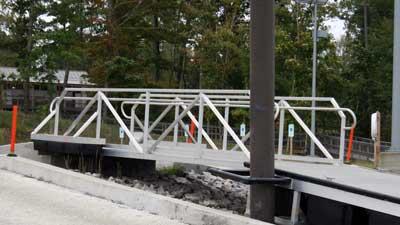 Aluminum Gangway by Alumadock