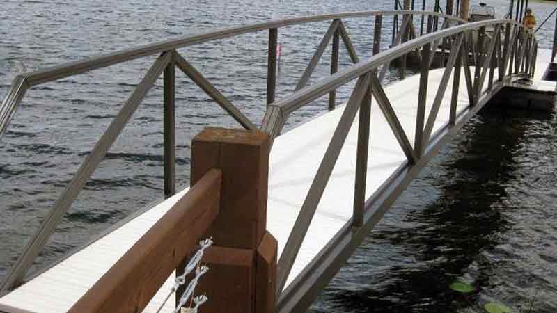 Aluminum gangway aluminum bridge